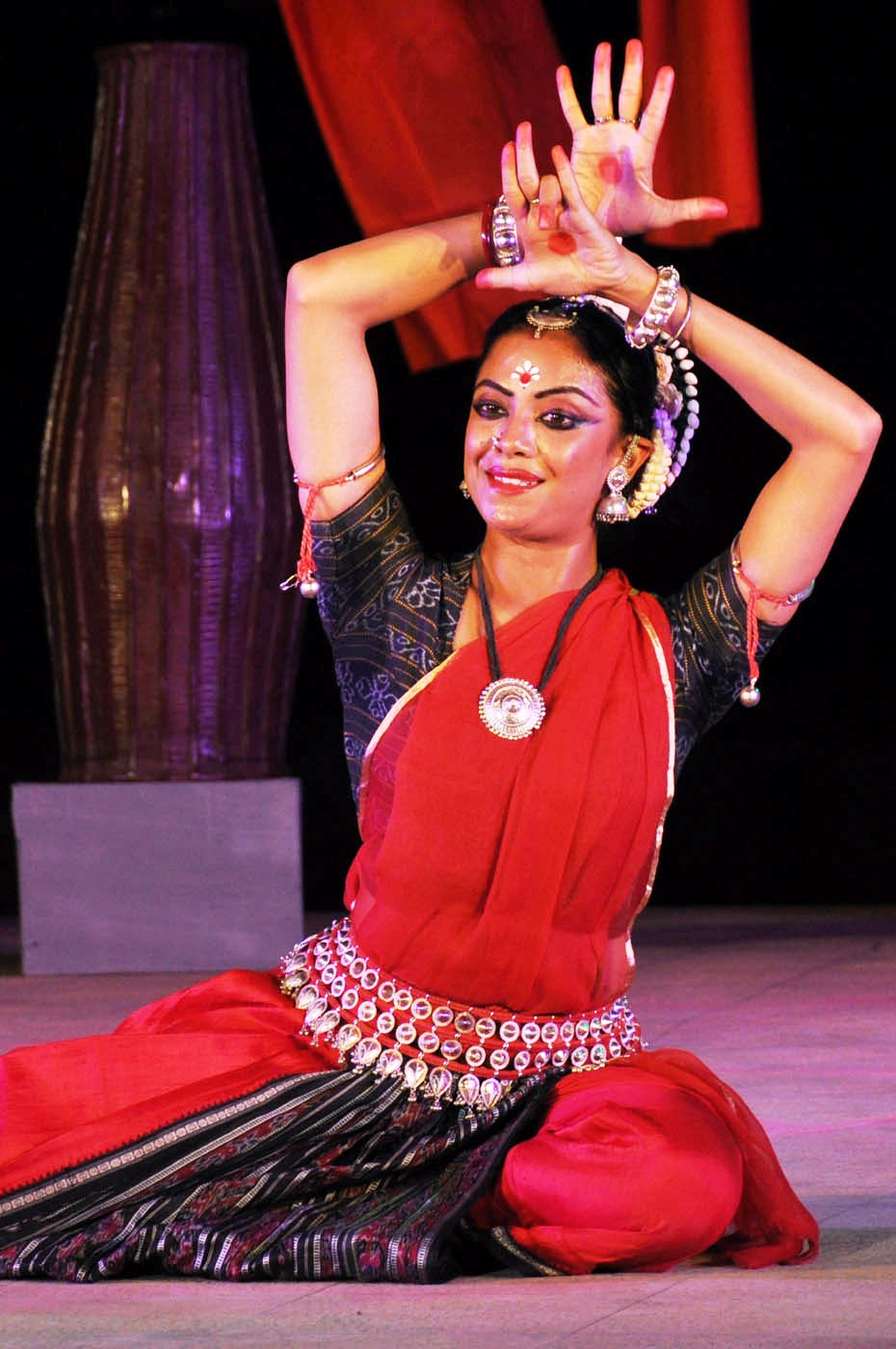 Odissi by Sashwati Garai Ghosh from Kolkata at 7th PRAGJYOTI INTERNATIONAL DANCE FESTIVAL GHY 3